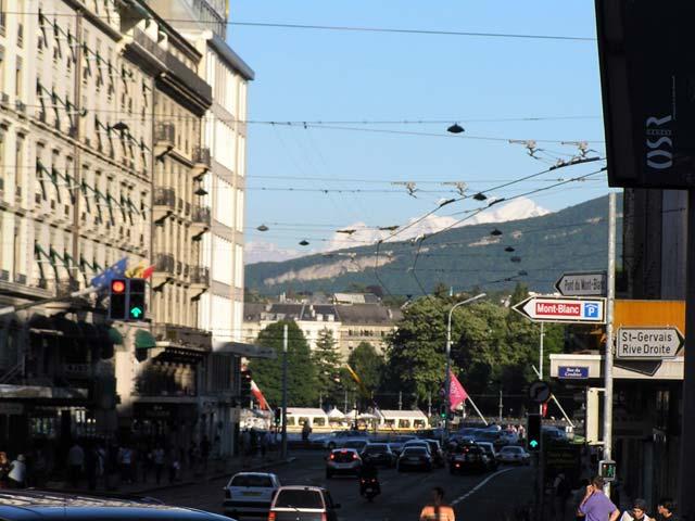 Ciudad y montaña