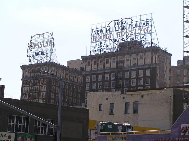 Million Dollar Hotel y Rosslyn Hotel