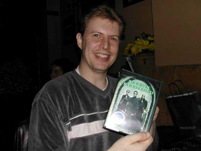 Raúl y el dvd de Matrix