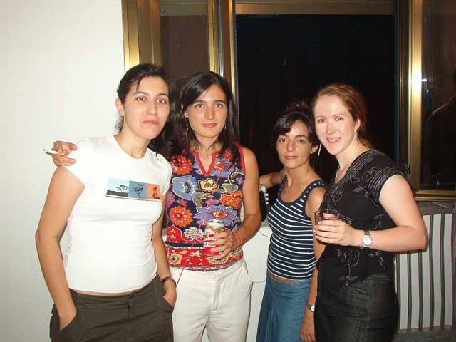 Nuria, Mónica, María y Pili