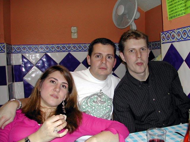 Almu, Flip y Raúl